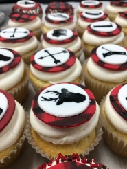 Custom buffalo plaid cupcakes